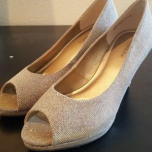 Kelly & Katie Shimmer Peep Toe Heels